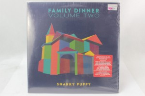 "SNARKY PUPPY - ""FAMILY DINNER VOLUME TWO"""